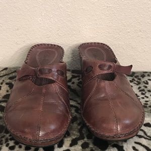 Clark's leather mules brown size 9M